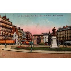 Dijon place darcy statue de...