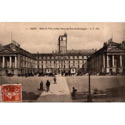 Dijon hotel de ville ancien...