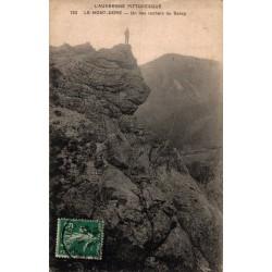 Le mont dore un des rochers...