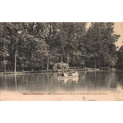 Bois de vincennes promenade...