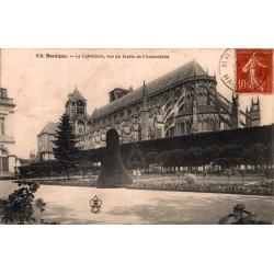 Bourges la cathedrale vue...