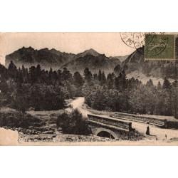 Le Mont Dore la route et la...