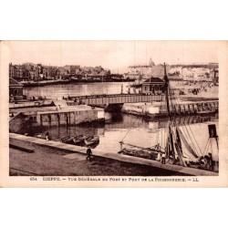 Dieppe vue generale du port...