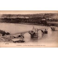 Avignon le pont saint...