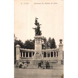 Lyon monument des enfants...