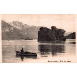 Lac d'annecy l'ile des cygnes