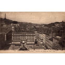 Lyon place des terreaux vue...