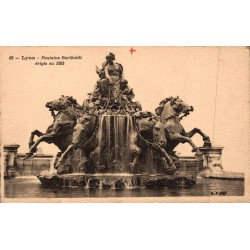 Lyon fontaine bartholdi...