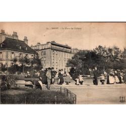 Brest la place du chateau...