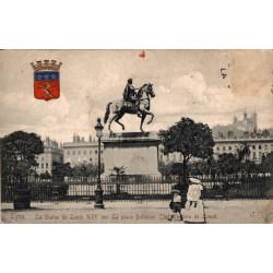 Lyon la statue de louis XIV...